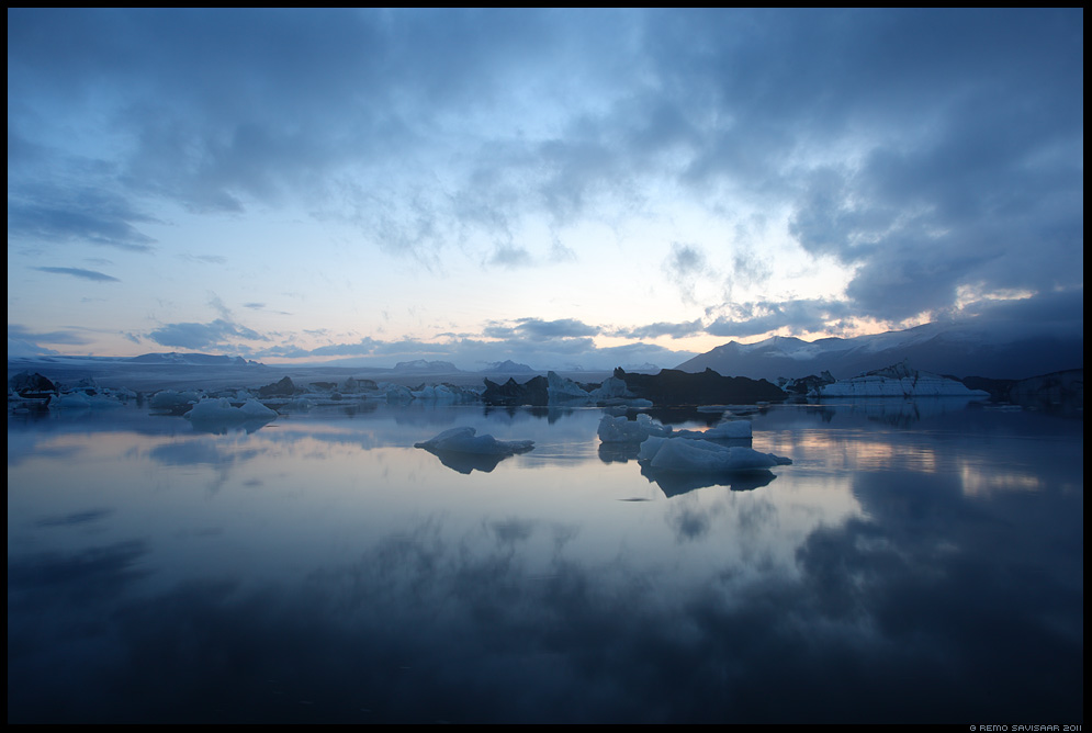 Island, Iceland, Jokulsarlon, glacier lake, vaikus, night