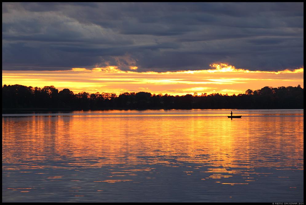 Õhtune kalapüük, Evening fishing, kalamees, fisherman, hobi, hobby, järv, järvel, vesi, lake, water