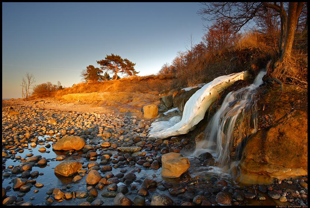 kevad, spring, juga, kosk, waterfall, kevadveed, loojang, jää, ice, icebergs, päikeseloojang, sunset, eesti