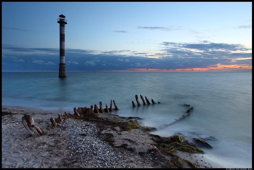 Saaremaa, Harilaid, Kiipsaare majakas, Kiipsaare, vana paat, puupaat, meri, sea, rawboat