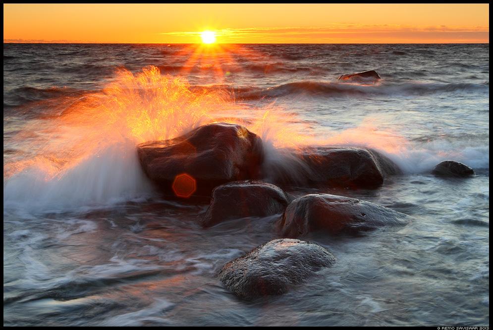 Laine ilu, Beauty of the wave tormine stormy Remo Savisaar Eesti loodus Hiiumaa põhjarannik, Hiiumaa island, Estonia. Estonian Estonia Baltic nature wildlife photography photo blog loodusfotod loodusfoto looduspilt looduspildid pildipüüdjad