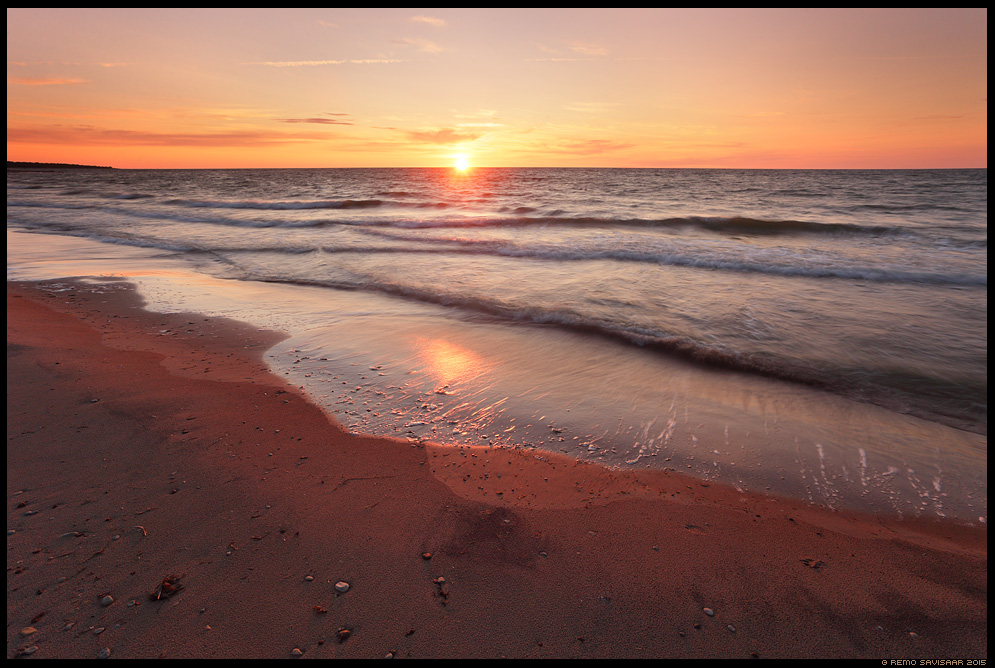 Loojuv päike, Setting Sun hiiumaa kõpu Remo Savisaar Eesti loodus Estonian Estonia Baltic nature wildlife photography photo blog loodusfotod loodusfoto looduspilt looduspildid landscape nature wild wildlife nordic